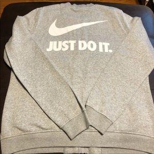 NWOT Nike XL LOGO jacket 💖
